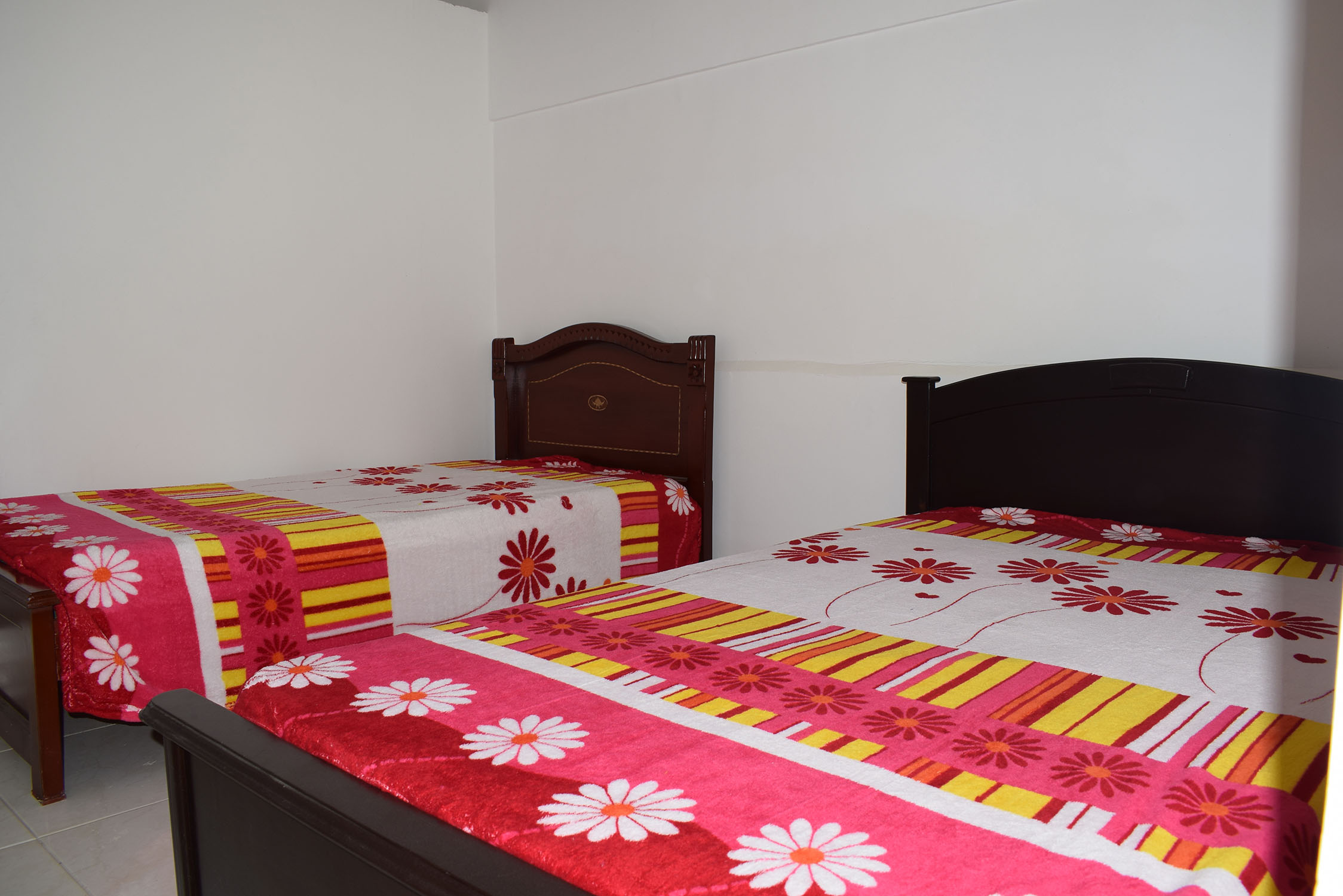 Double room #2 (Hostal Roldanillo)